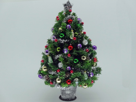 6 Inch Dollshouse Miniature Christmas Tree (a1)