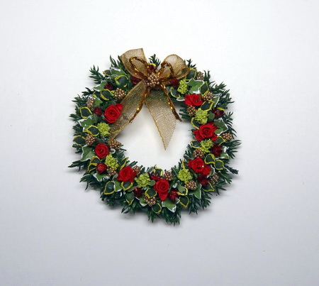 12th Scale Dollshouse Winter Leaf & Rose Christmas Garland