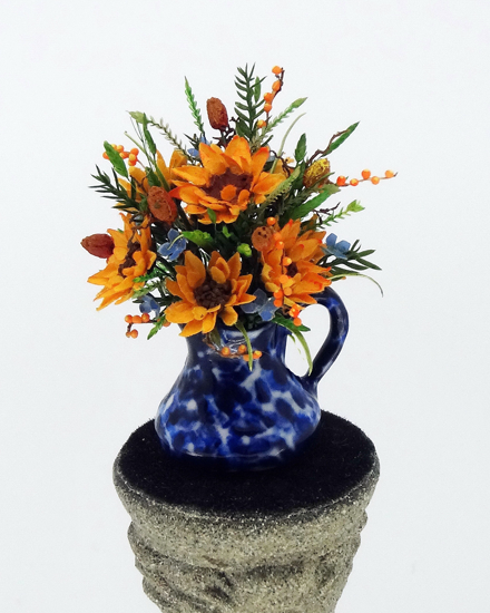 12th Scale Dollshouse Miniature Sunflower & Cornflowers in Jug - Click Image to Close