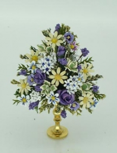Roses, Daisies, Periwinkles and Buddleia